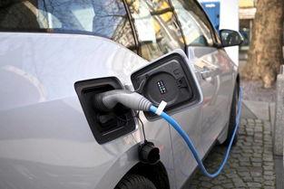 2020年迎来了动力电池报废的高峰期,很多人后悔买新能源汽车