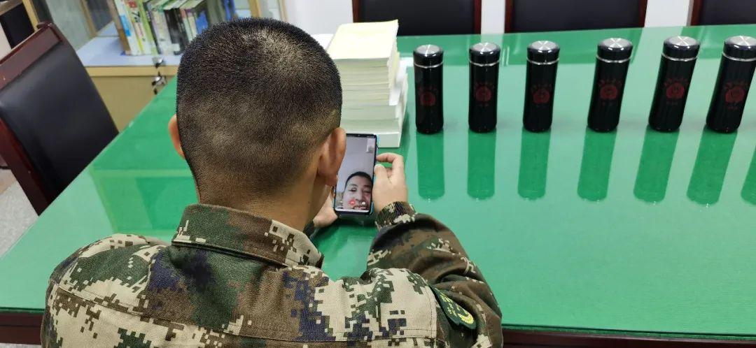 武警<a href=http://www.cngansu.cn/ target=_blank class=infotextkey>甘肃</a>总队陇南支队:节日活动欢乐多