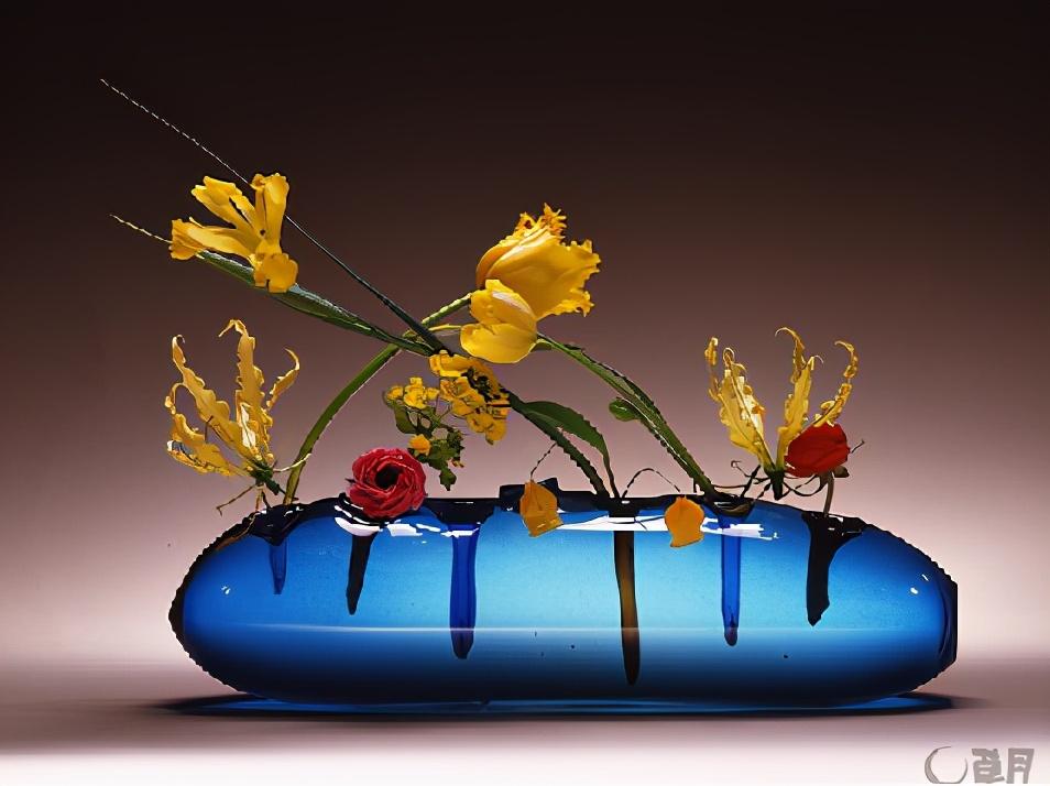 竹子材料的花植作品就是草月流?带你看看真正的日本花道