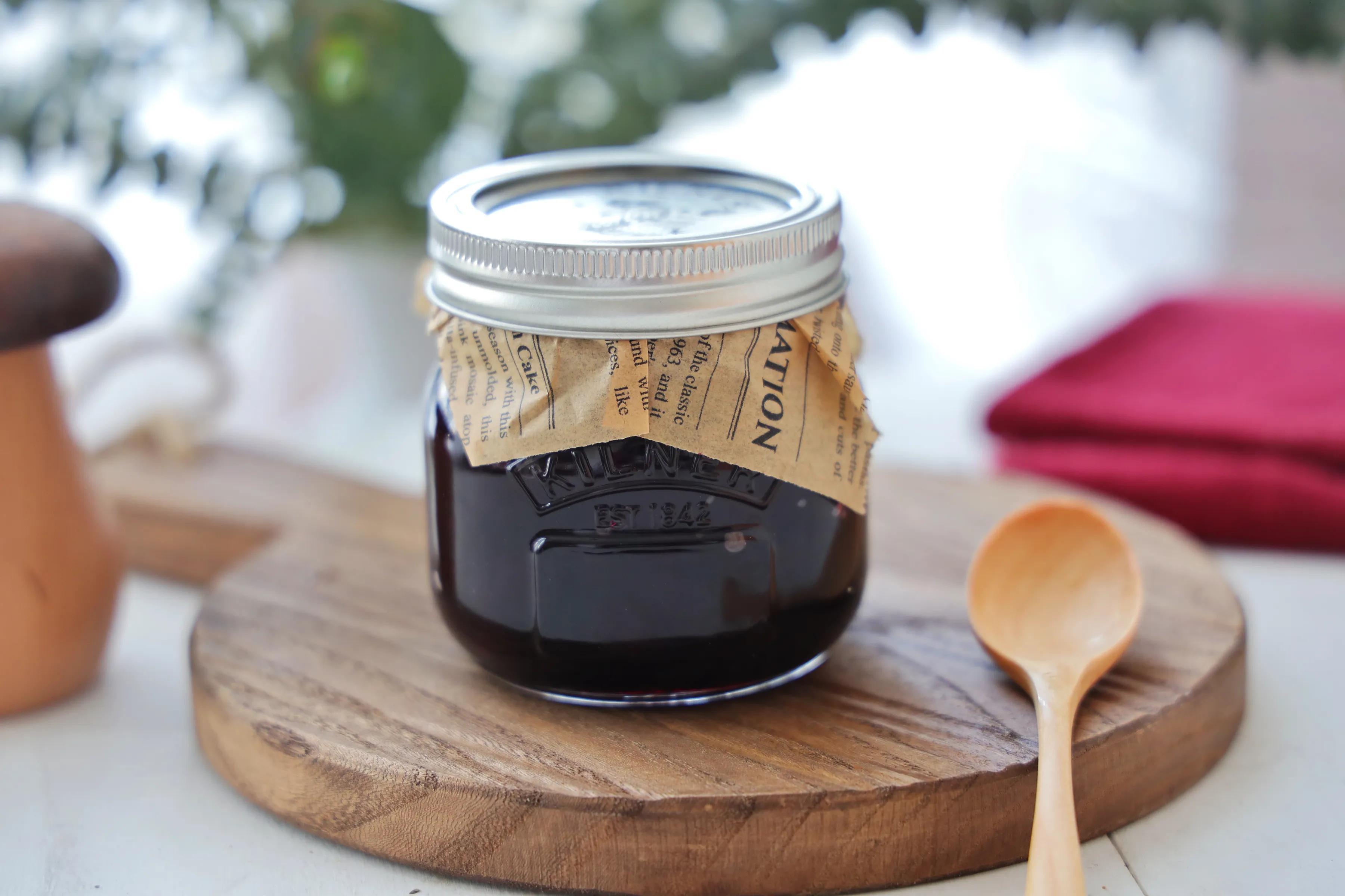 自製藍莓果醬,跟麵包搭配吃,簡直絕了,酸甜可口,開胃又營養!