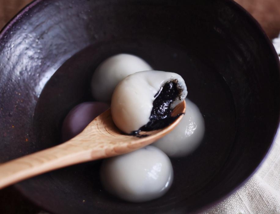 黑芝麻汤圆的做法步骤图 亲手做给家人吃
