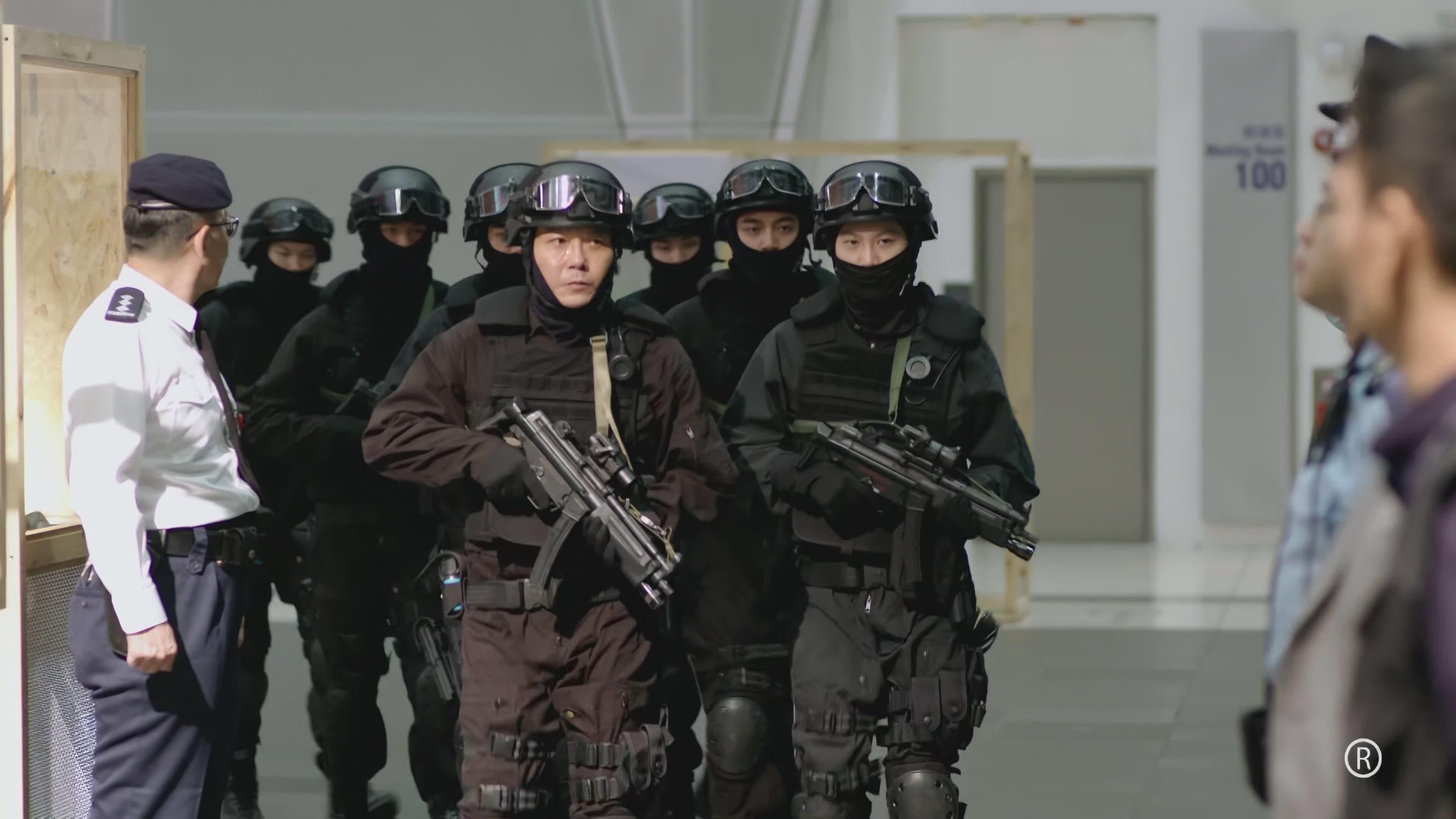 《逆天奇案》首播:第一集飞虎队就被团灭了,紧张刺激悬疑感十足