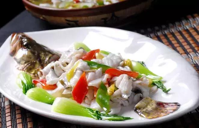 精选20款精品鲁菜美味菜谱给您赏析 鲁菜菜谱 第18张