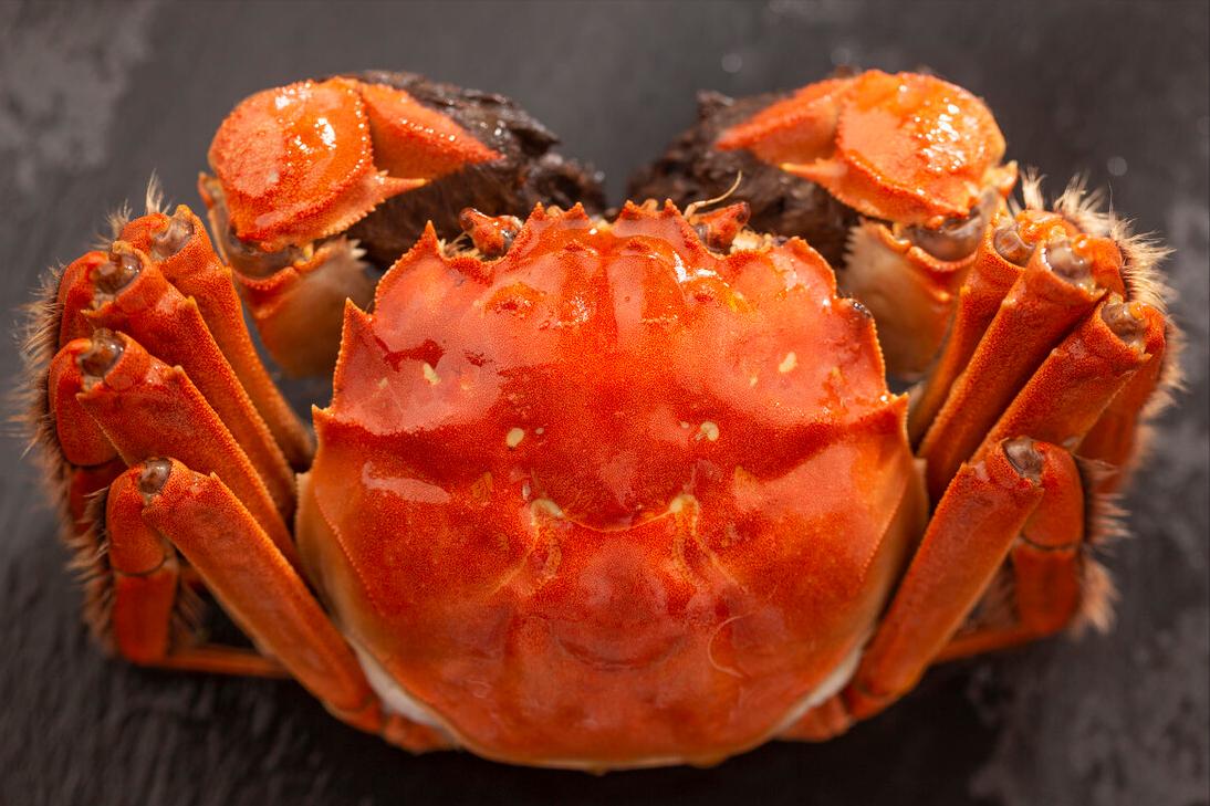 蒸螃蟹牢记3窍门,上锅蒸都不用绑绳,不掉腿不流黄,鲜嫩又肥美