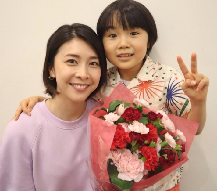 竹内结子疑自杀身亡!2个月4位日本明星去世,网友:悲痛的巧合