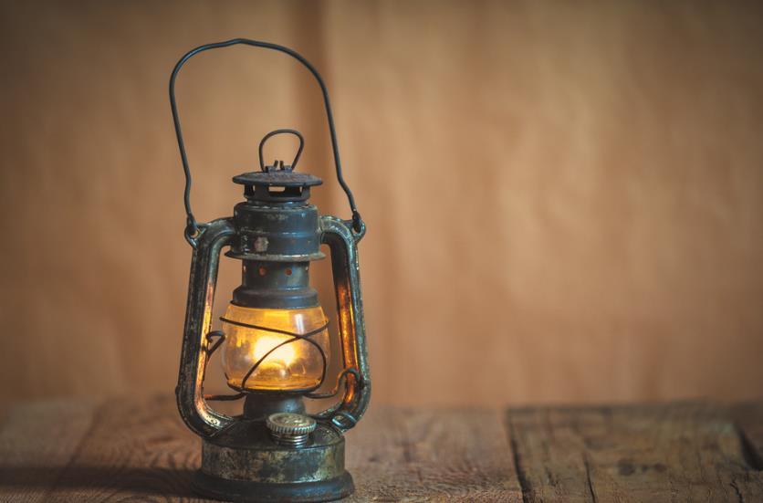记忆深处,有一盏煤油灯