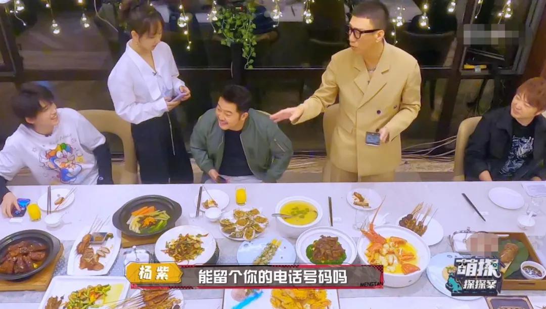 点一桌菜就吃几口,明星们录真人秀浪费食物一个比一个过分