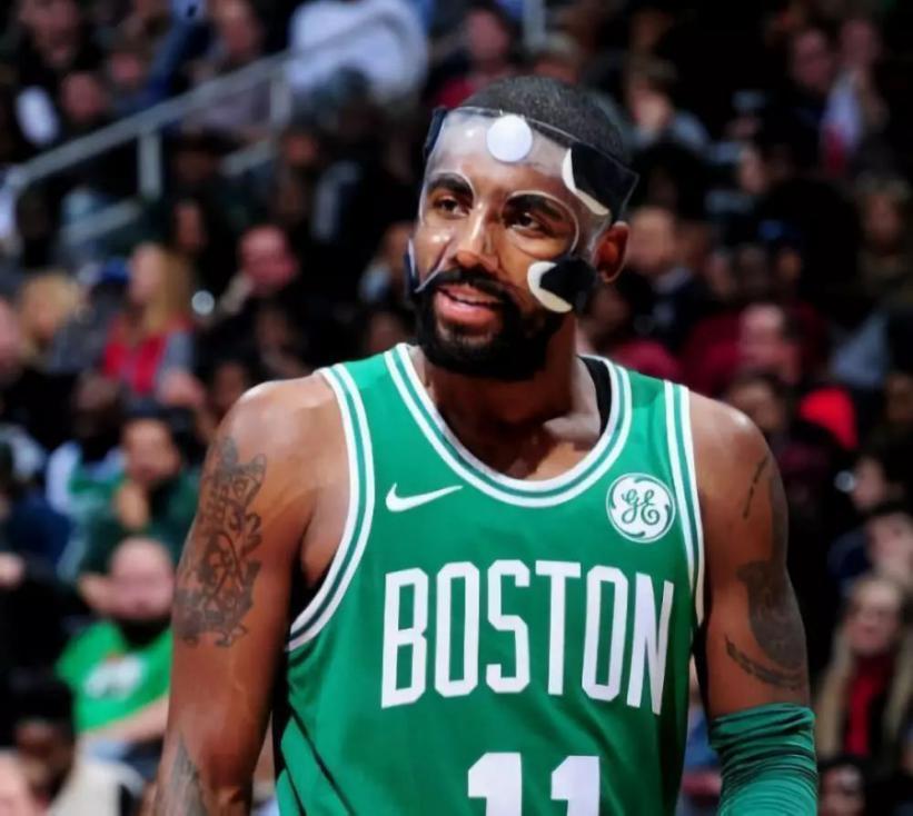 如果球員戴面具顏值分衛五個等級:三角面具C級,Kobe為A級,而他是SSS級!-黑特籃球-NBA新聞影音圖片分享社區