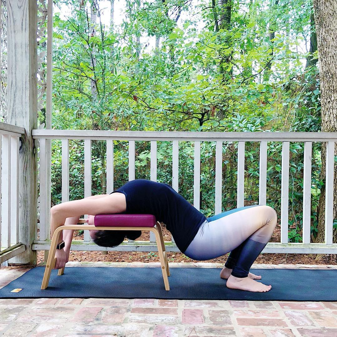 2体式教你如何正确使用瑜伽凳子,学会了想不瘦不美都难! 减肥瘦身 第1张
