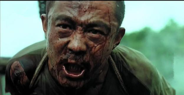 """2002版的""""戰狼"""",央視經常重播,主演名叫侯勇"""