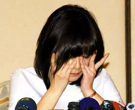 那个从32楼跳下的年轻女教师,警示了多少纠缠婚姻的女性