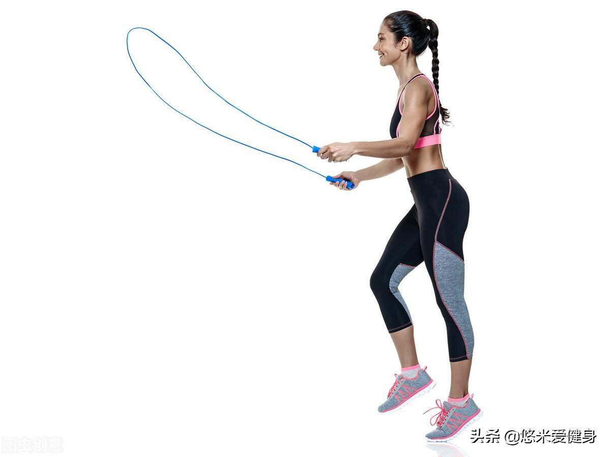 95后吴宣仪展示修长手臂,女生做好5个动作,轻松消除拜拜肉