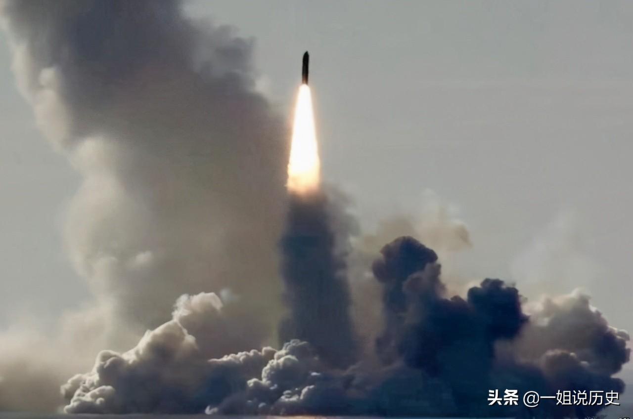 核武器的发射有多难?俄给出答案,需要这3人同时按下发射按钮