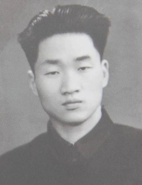 毛岸青逝世后,安葬于杨开慧陵墓,邵华回忆:岸青晚年很想念妈妈