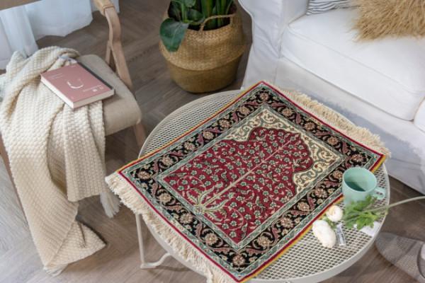 手工真丝地毯不仅是装饰界的贵族,更能体现个人品味的艺术品