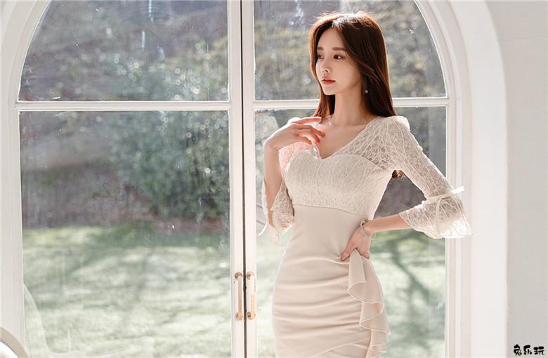 孙允珠:淡梦雅黄络花美雪透明蝴蝶裙