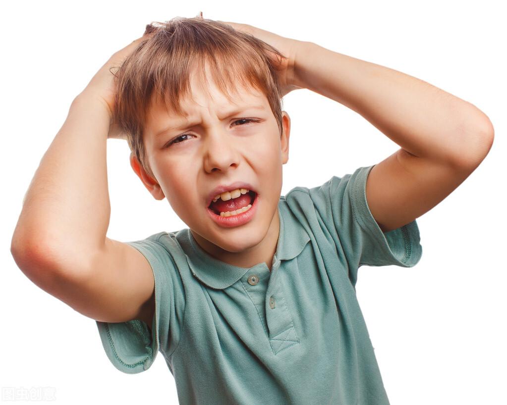 7岁男孩头痛,长期误以为是鼻炎!检查竟是脑瘤