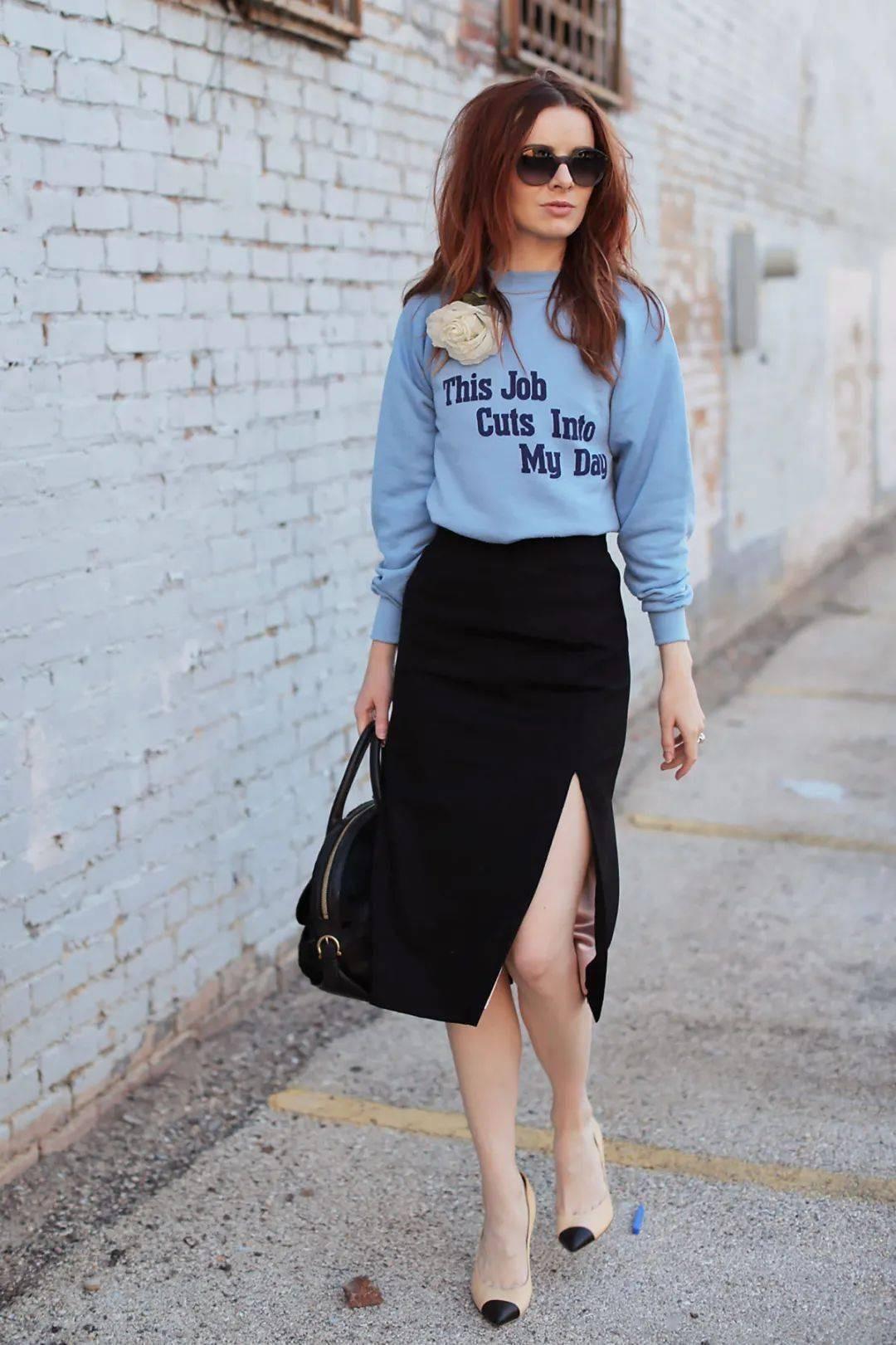 开春穿什么,卫衣+半身裙=时尚穿搭,这样搭配显瘦又显高