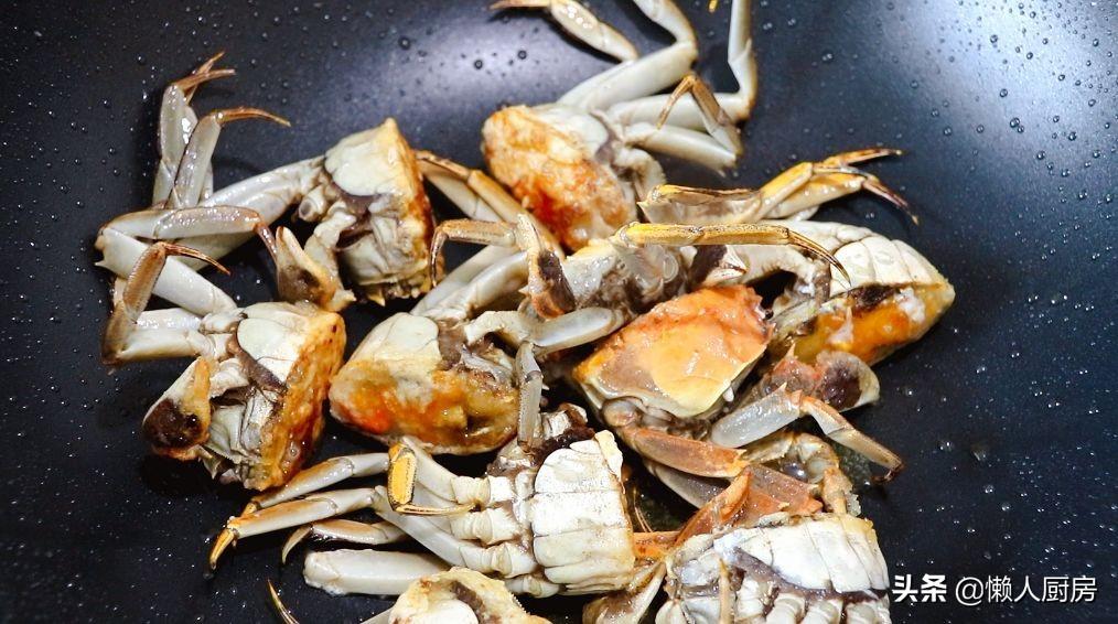 五花肉還能這樣做紅燒肉,螃蟹與五花肉完美結合,讓人食指大動