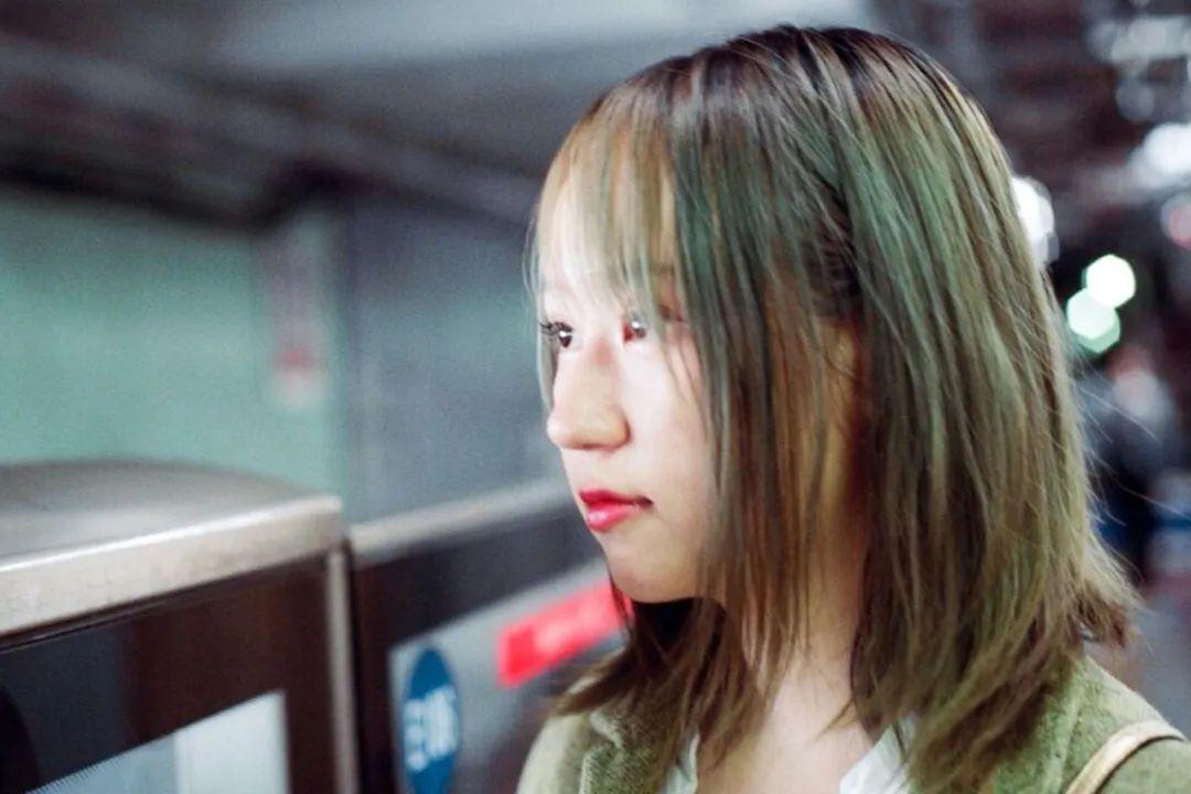 中国第一代整容00后:遭遇审美霸凌,我在脸上花了一栋房子的钱