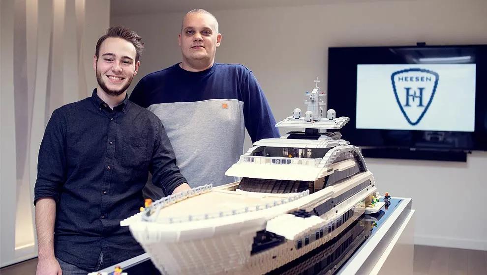 """Heesen用乐高来建造""""Cosmos号""""超级游艇的模型"""