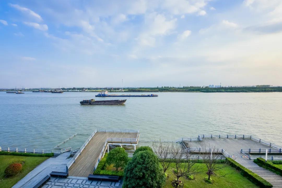 上海的大场面,除了外滩,还有这里