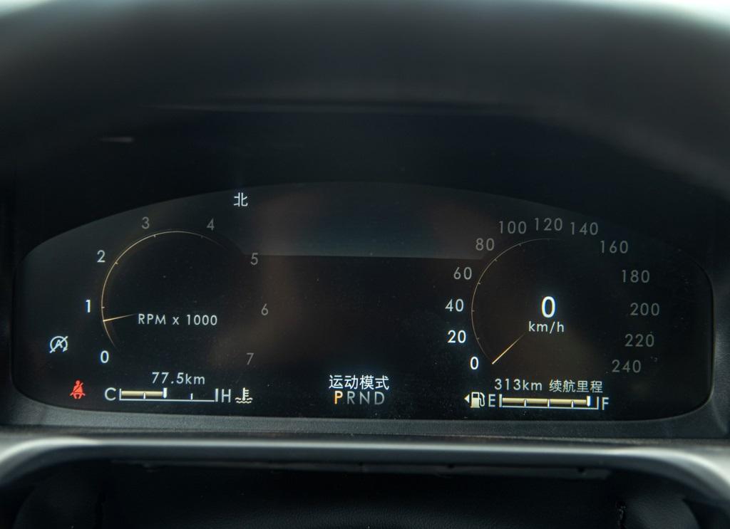 车长5.08米!全系V6发动机,50.98万起售,林肯飞行家到底如何?