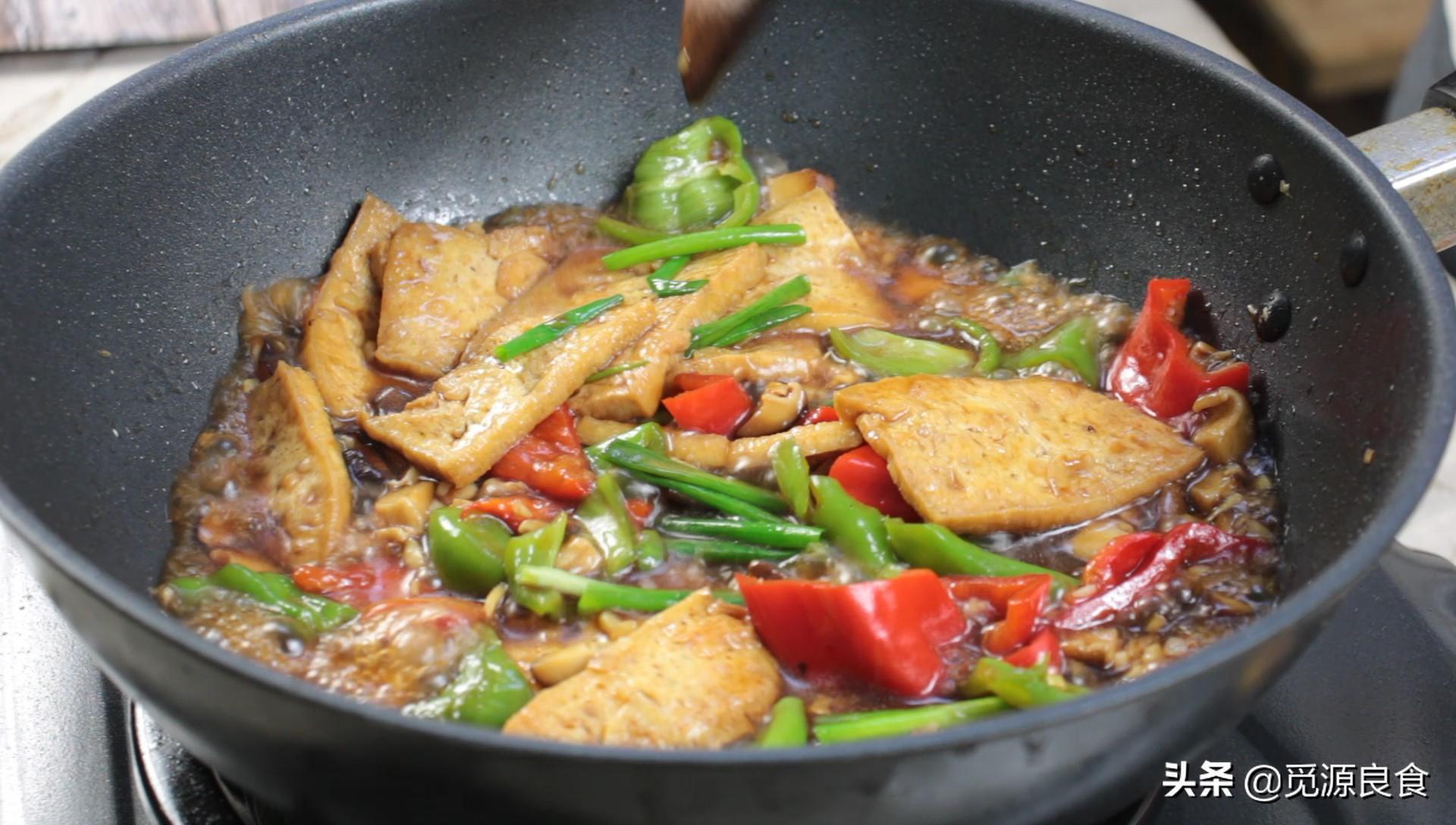 没想到香菇烧豆腐这么好吃 教你好吃的窍门