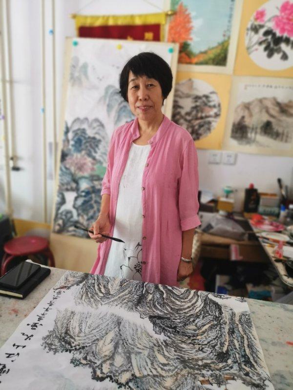 书画家刘秀荣:第八届艺术家发展论坛《书画艺术漫谈》