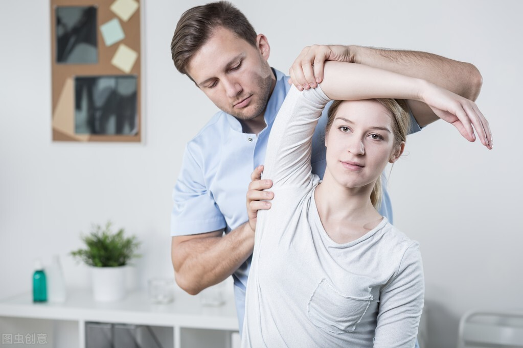 风湿性关节炎要怎么治?