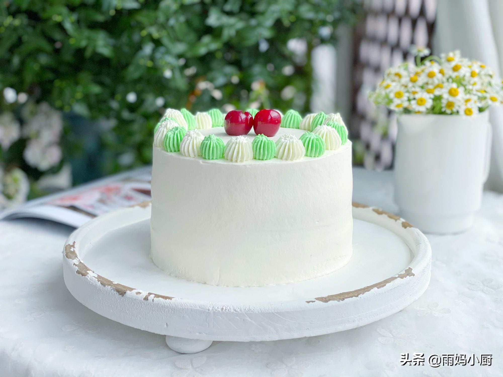 奶油蛋糕最詳盡的圖解步驟,做法簡單又詳細,學會了蛋糕不用買了