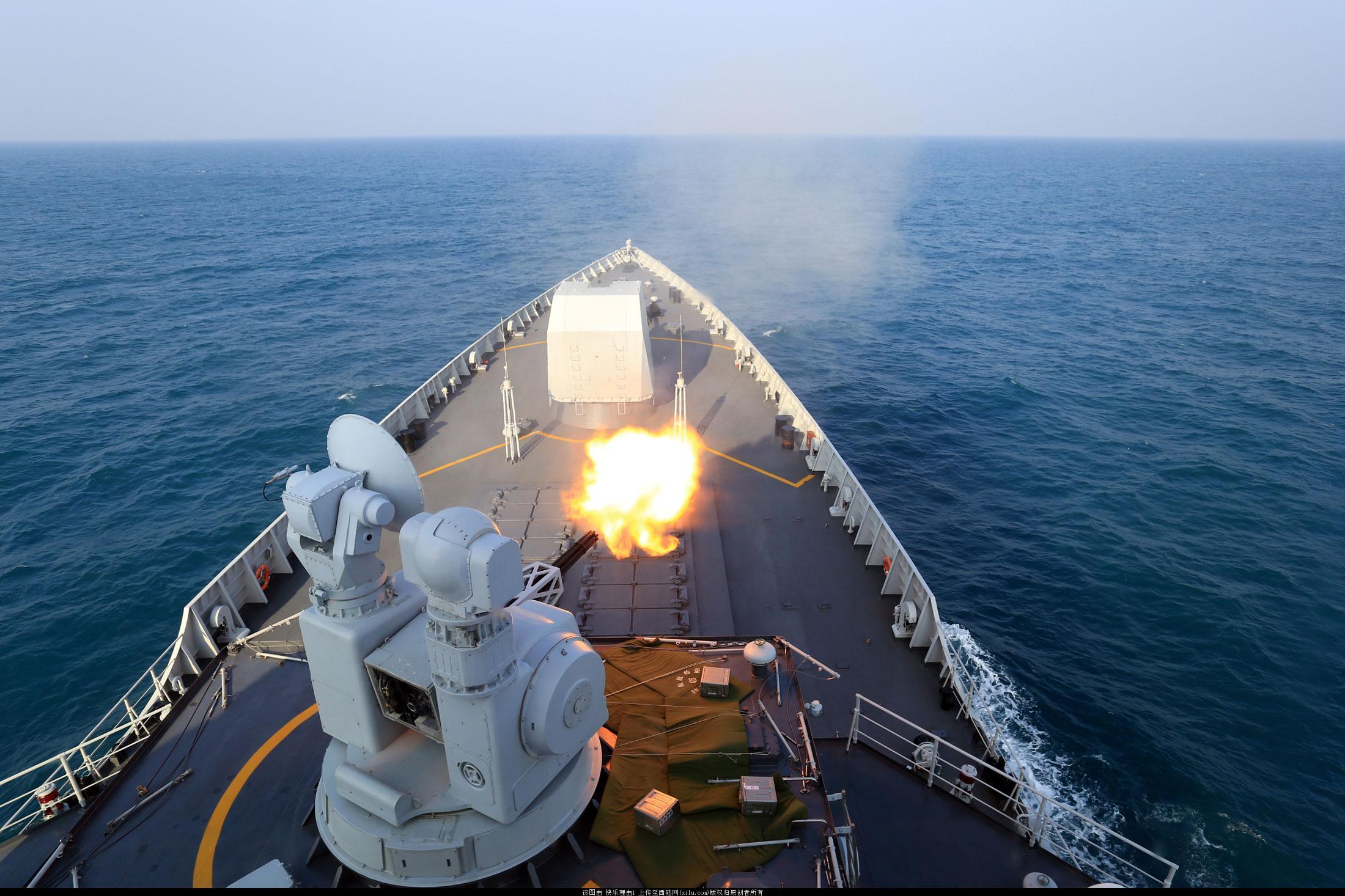 美军驱逐舰擅闯南海,解放军发出警告!中方卫星捕捉中美军舰同框