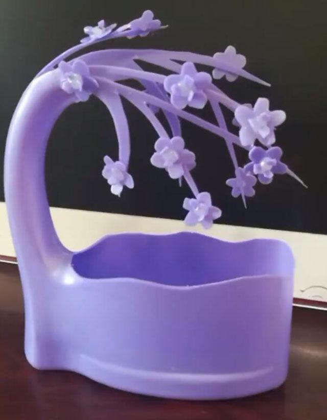 空洗衣液瓶子不要扔,只需几步就能变成漂亮的花盆 家务妙招 第8张