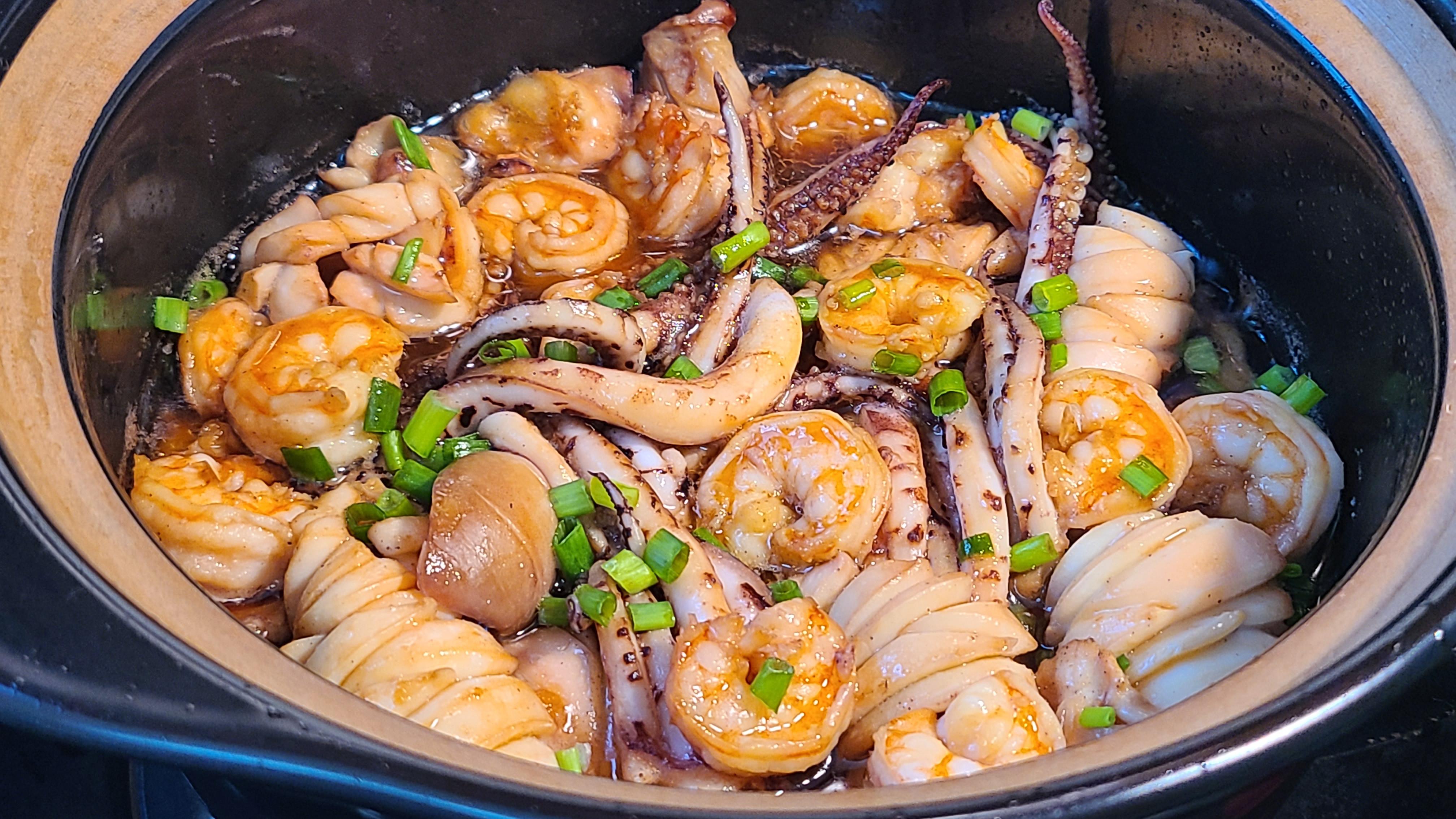 魷魚蝦煲這樣做太香了,很好吃的家常菜,味道鮮美又簡單