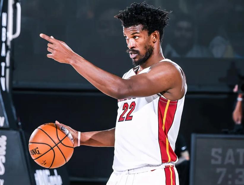 Kobe的《Detail》節目迎新主持人!吉巴將被分析,輸球「詛咒」會延續嗎?-籃球圈