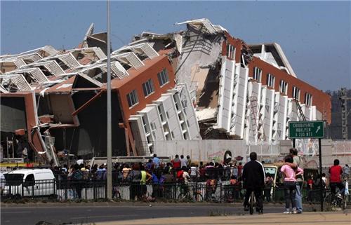 有史以来最大地震,比唐山大地震无畏百倍,淡水消逝,火山齐喷发:最大地震