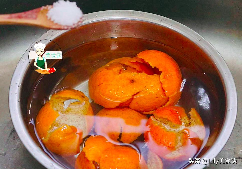 """橘子皮不要扔了,全身是""""寶"""",用水一煮,好處這麼多,收藏備用"""