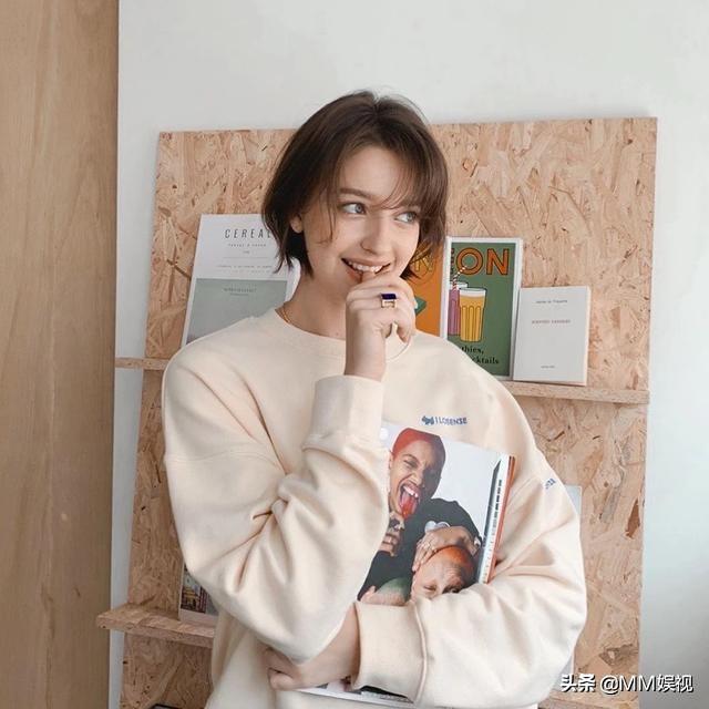 甜到你心坎里!旅居韩国的90 性感俄罗斯嫩模Angelina