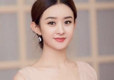 杨超越、迪丽热巴或者……谁将是下一位最受俄罗斯人欢迎的女星?