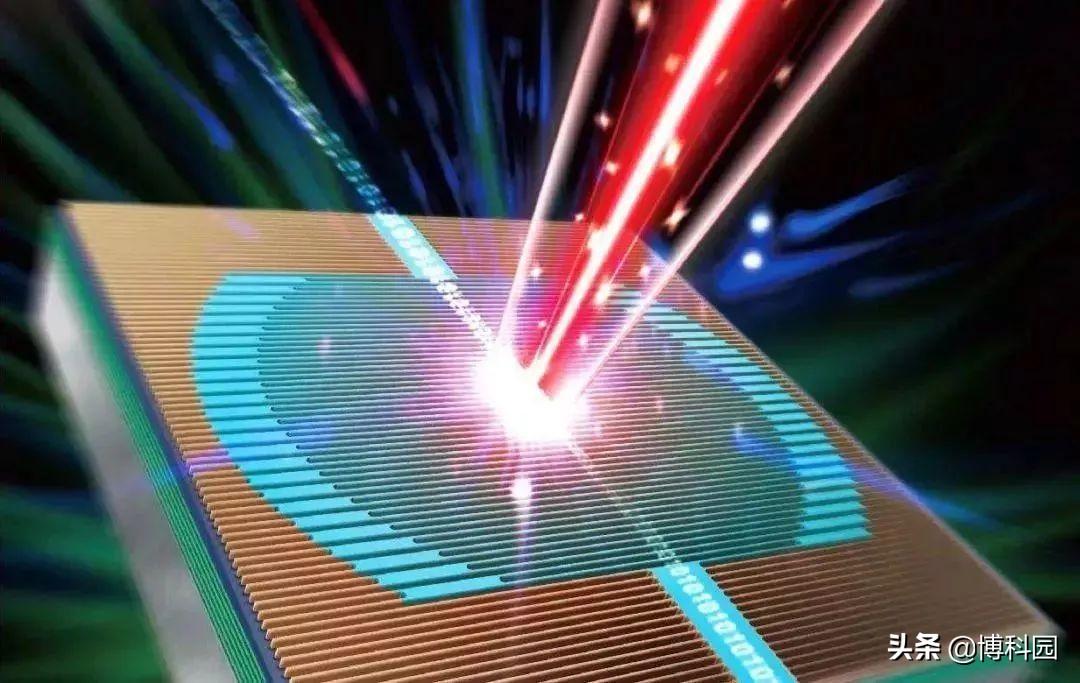 光速般的电子,每秒发射1亿个脉冲激光,还能产生可测量的电流