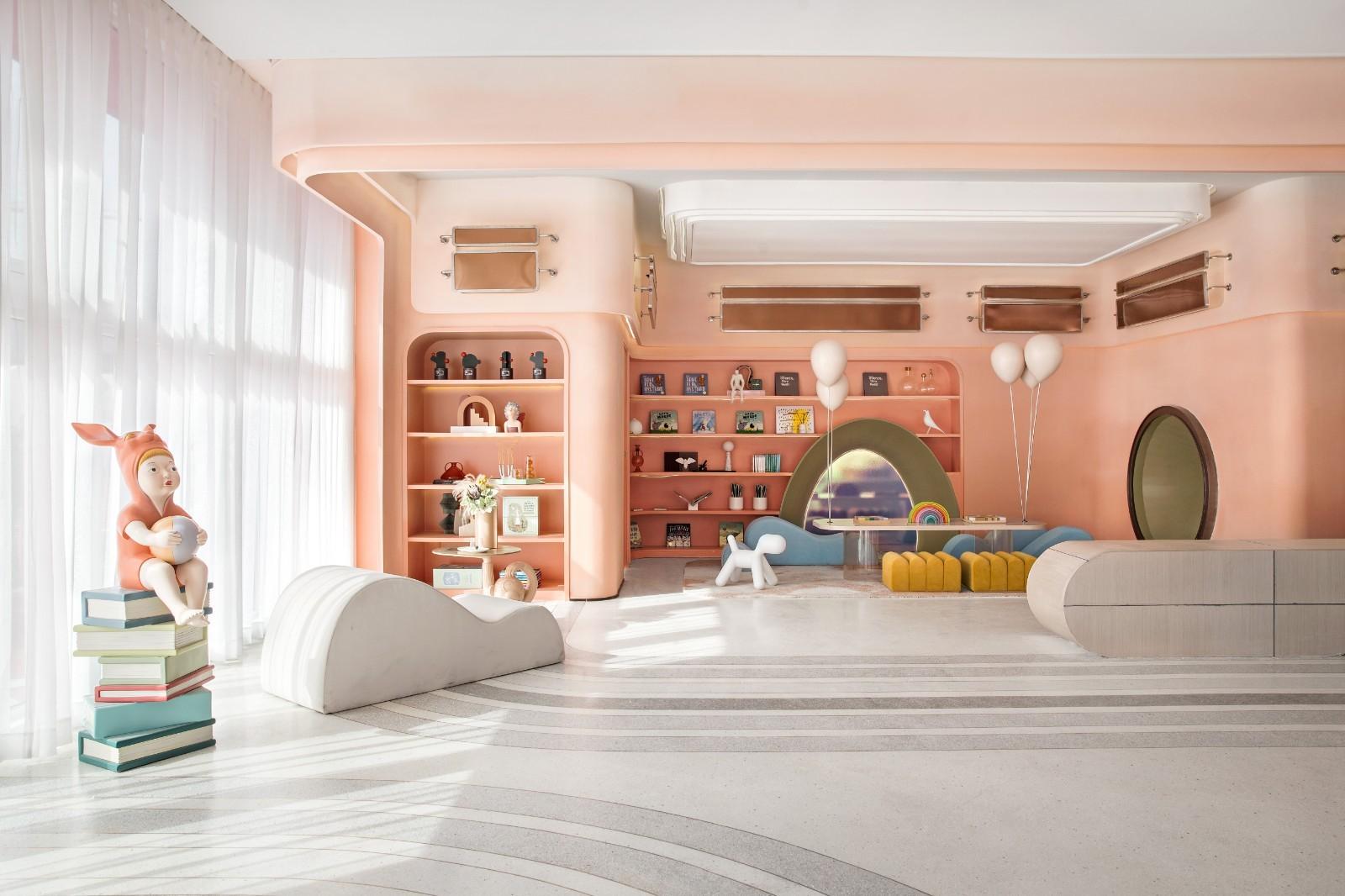 色彩斑斓的幼儿园,用设计打造一个神秘、梦幻的寻梦工厂
