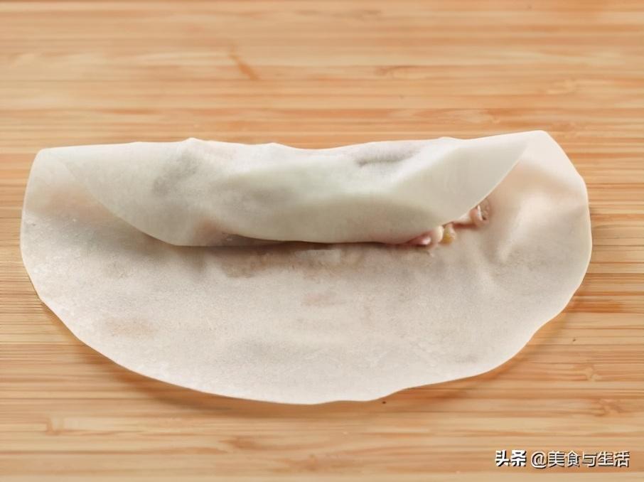 教你在家做春捲,從攤餅皮到成品,步驟簡單詳細,宴客上桌真不錯