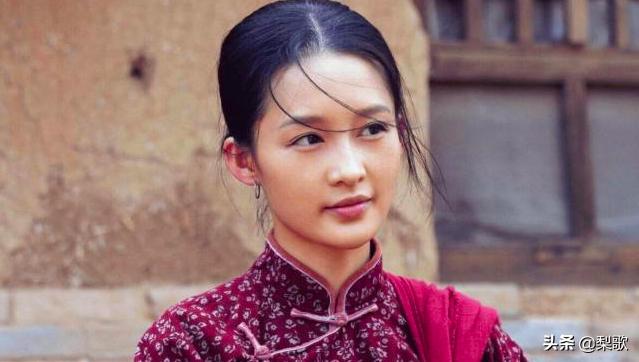 《白鹿原》:一生睡过四个女子的荡妇田小娥,揭开时期诟病