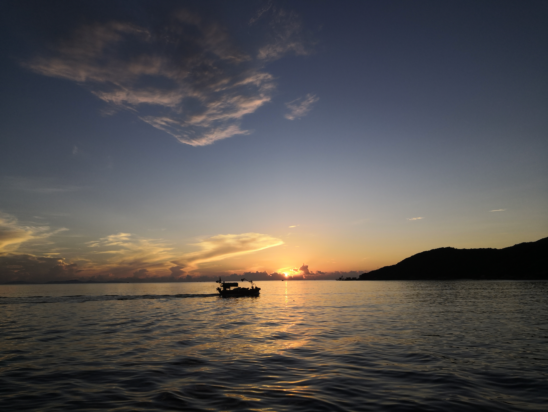 在后海待了三个月后,发现后海确实适合养老度假,每天睡到自然醒