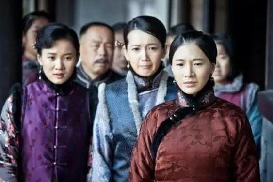 張作霖被炸死後,六位夫人中最小的才23歲,她們後來的結局如何?