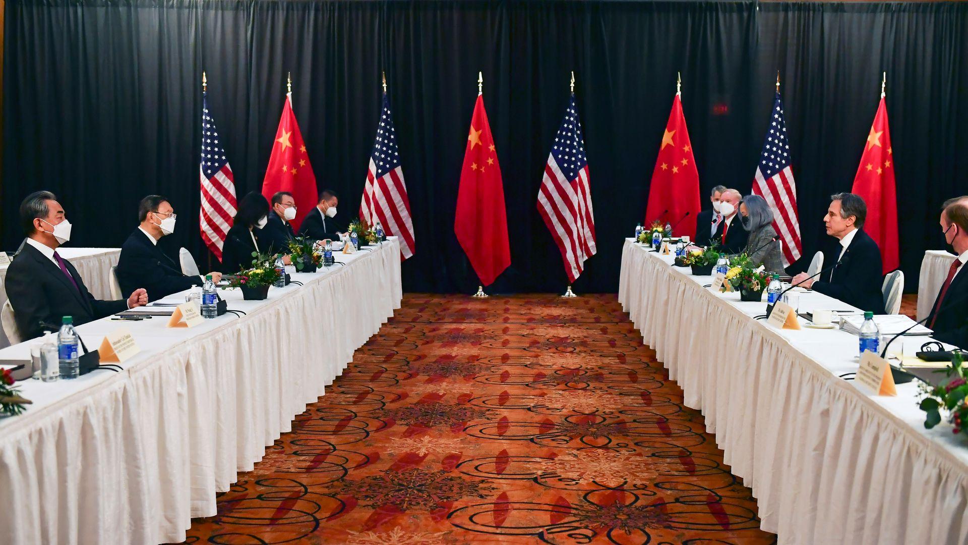 世界进入崭新格局!中美会谈中方一石三鸟,美国是时候认清现实了