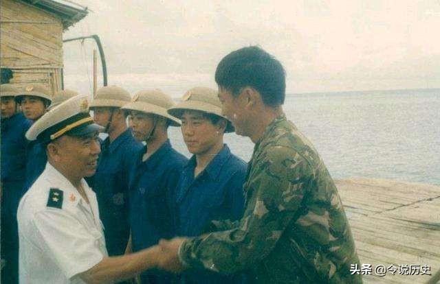 张连忠:上将军衔,原海军司令员,下部队视察不喜欢事先通知