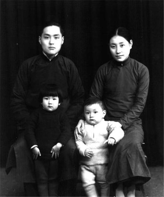 中国最排面的婴儿:出生时军队保护产房,国家鸣13响礼炮为他庆生