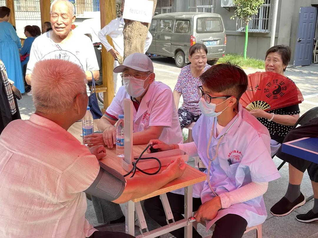 康源耆祥 | 为民服务养老早市走进土门街道汉城东路社区