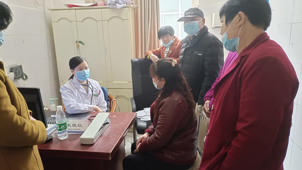 江苏射阳县人民医院专家团队到海河镇开展医联体活动
